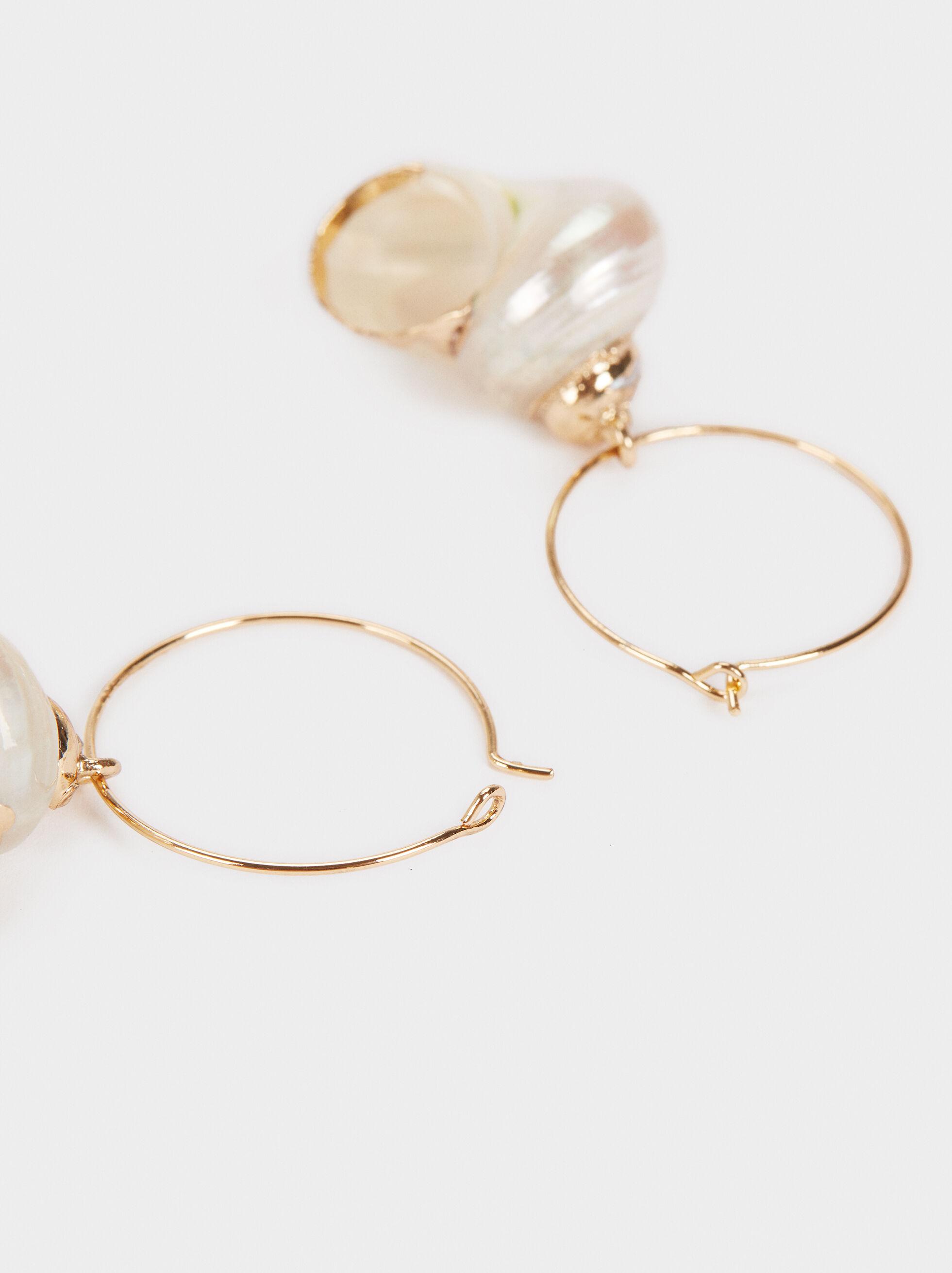 Medium Hoop Earrings With Seashell Details, Golden, hi-res
