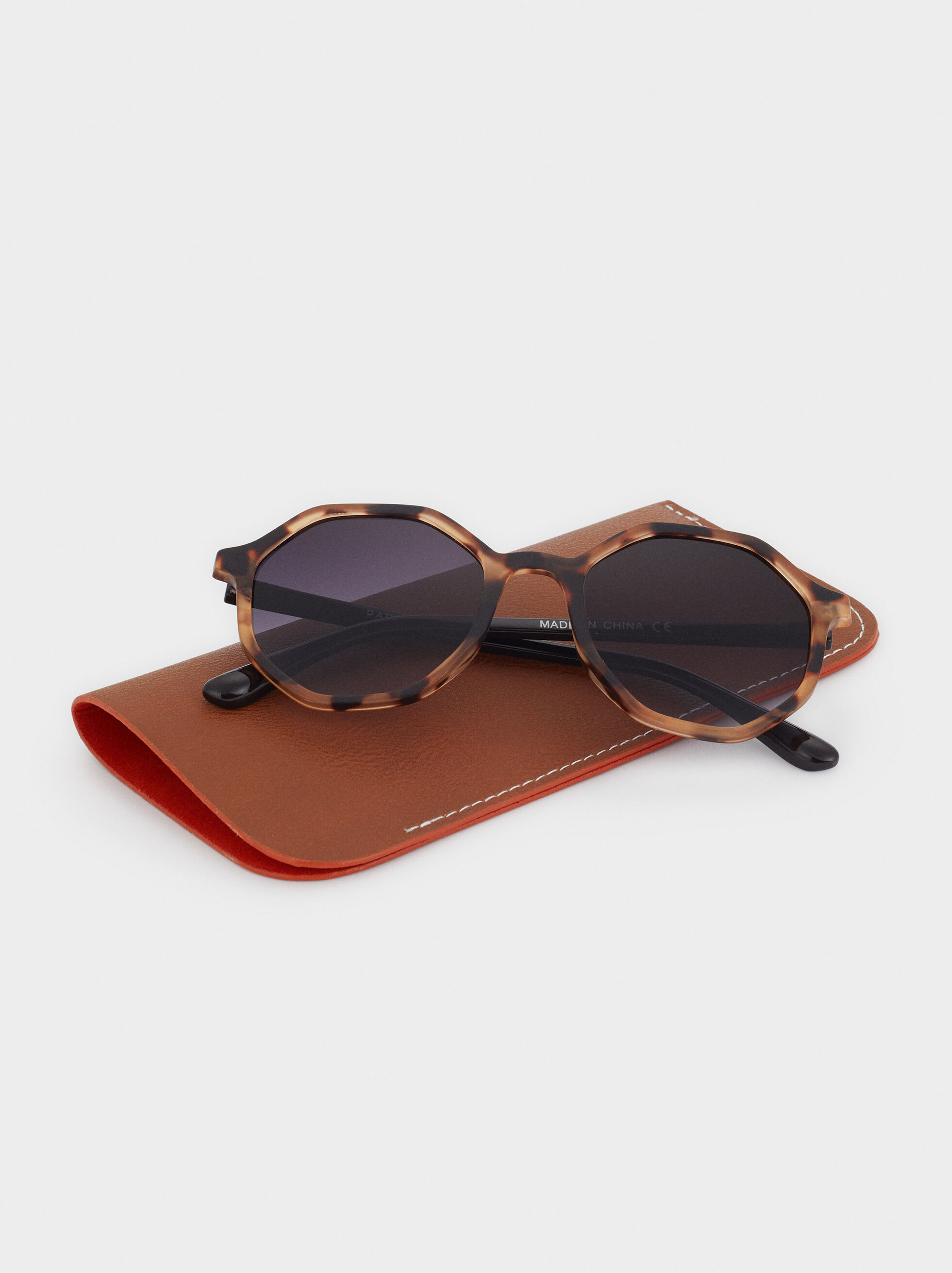 Squared Plastic Sunglasses, Brown, hi-res