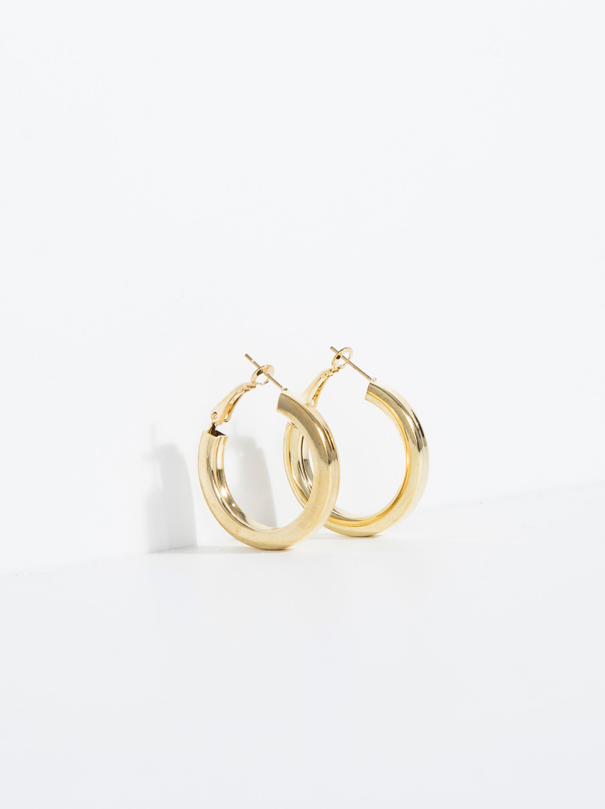 Basic Short Hoop-Earrings, , hi-res