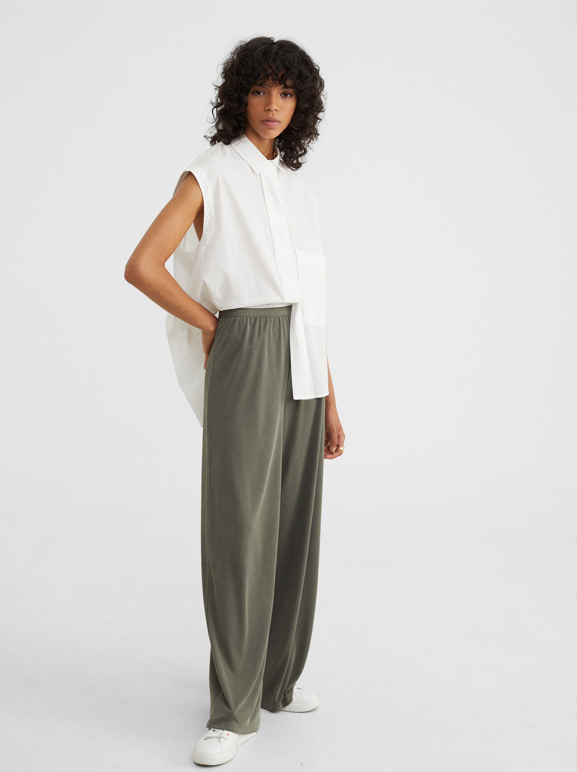 Wide Leg Trousers With An Elasticated Waistband, Khaki, hi-res
