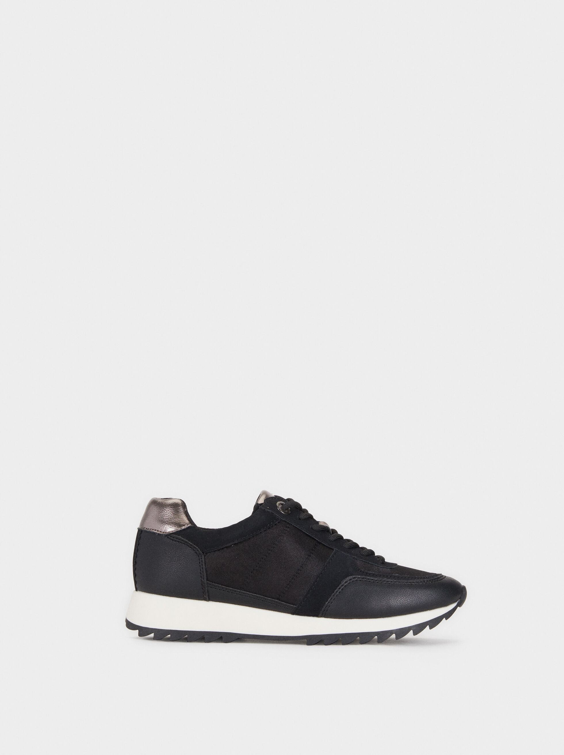 Trainers With Contrast Sole, , hi-res
