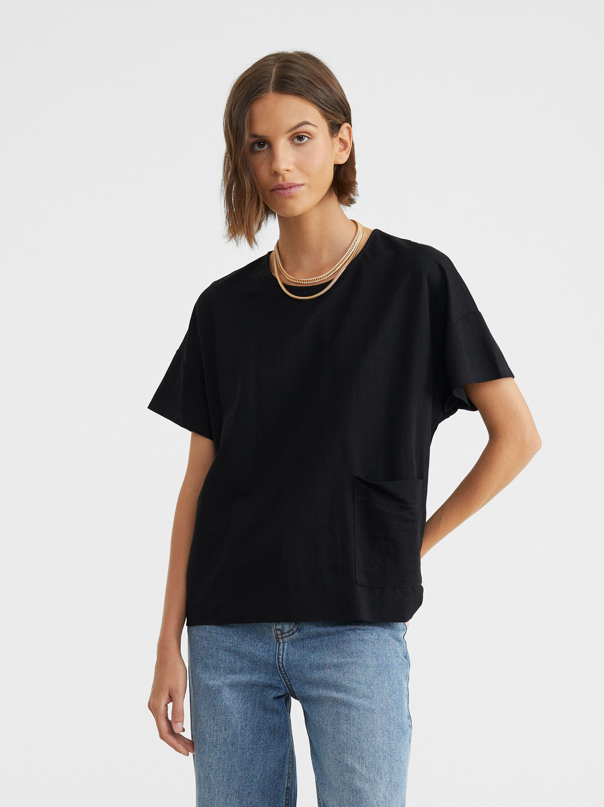 Basic Round-Neck T-Shirt, Black, hi-res