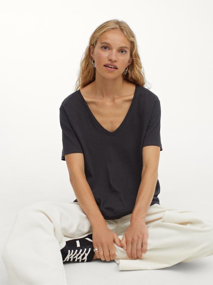 Linen V-Neck T-Shirt, Grey, hi-res