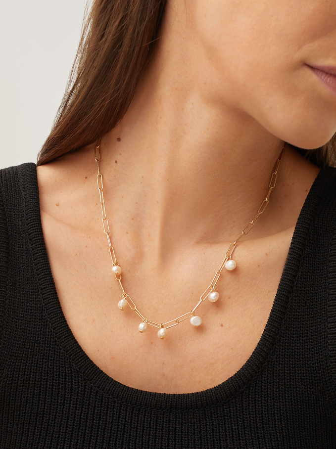 Short Chain Necklace With Pearls, Golden, hi-res