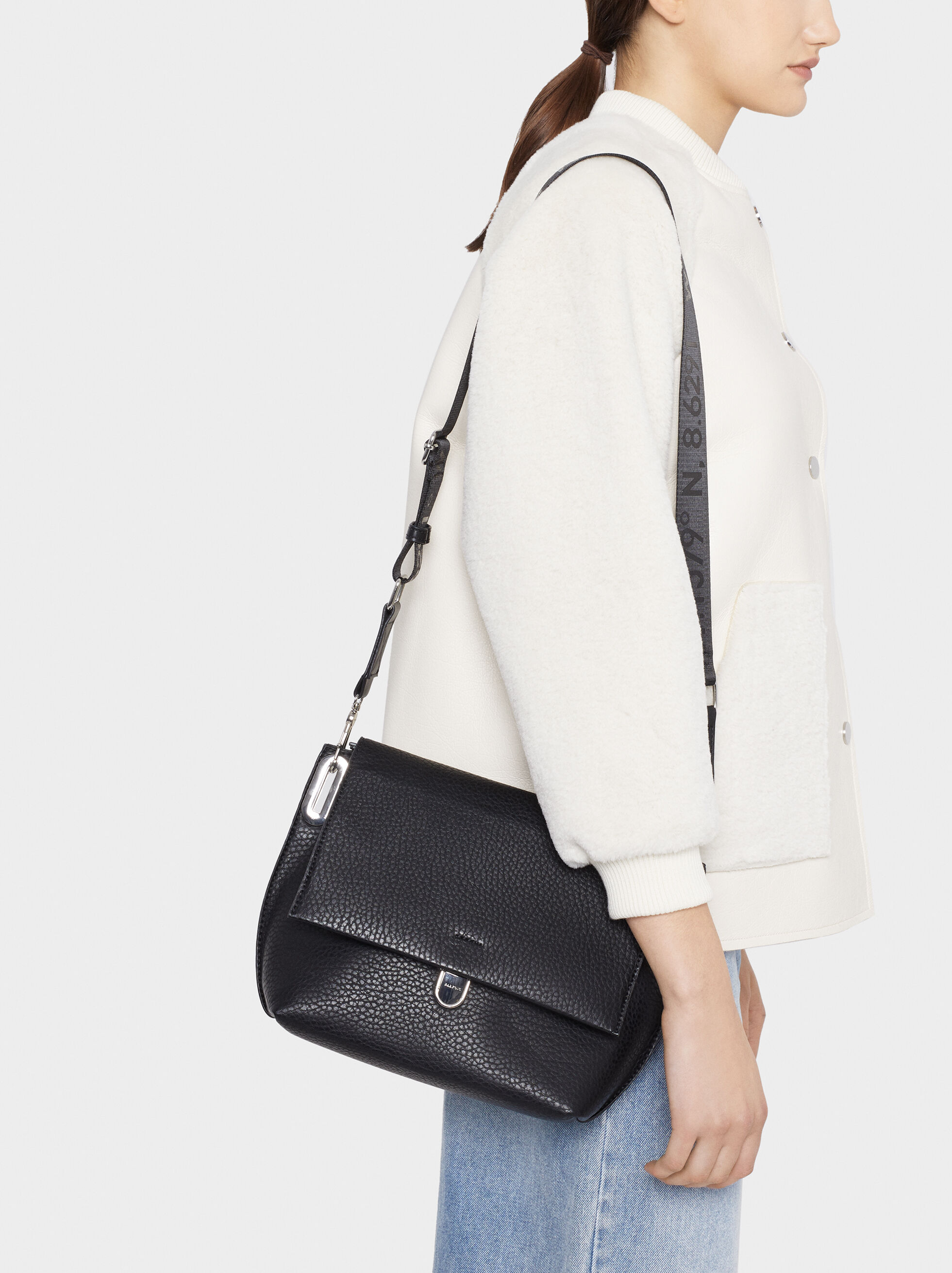 Shoulder Bag With Outer Pockets, Black, hi-res