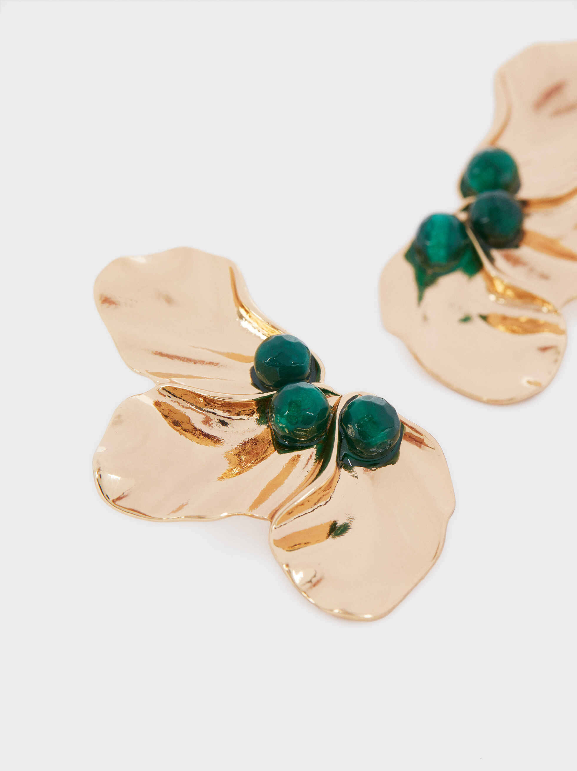 Short Gold Earrings With Faux Pearl Detail, Multicolor, hi-res