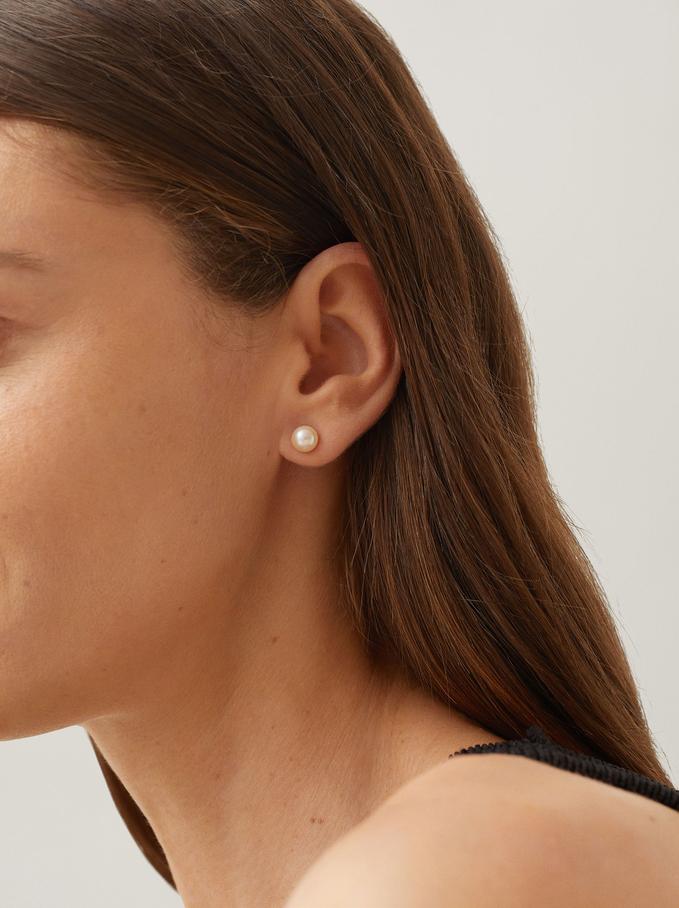 Kurze Ohrringe Mit Kunstperle, Silber, hi-res