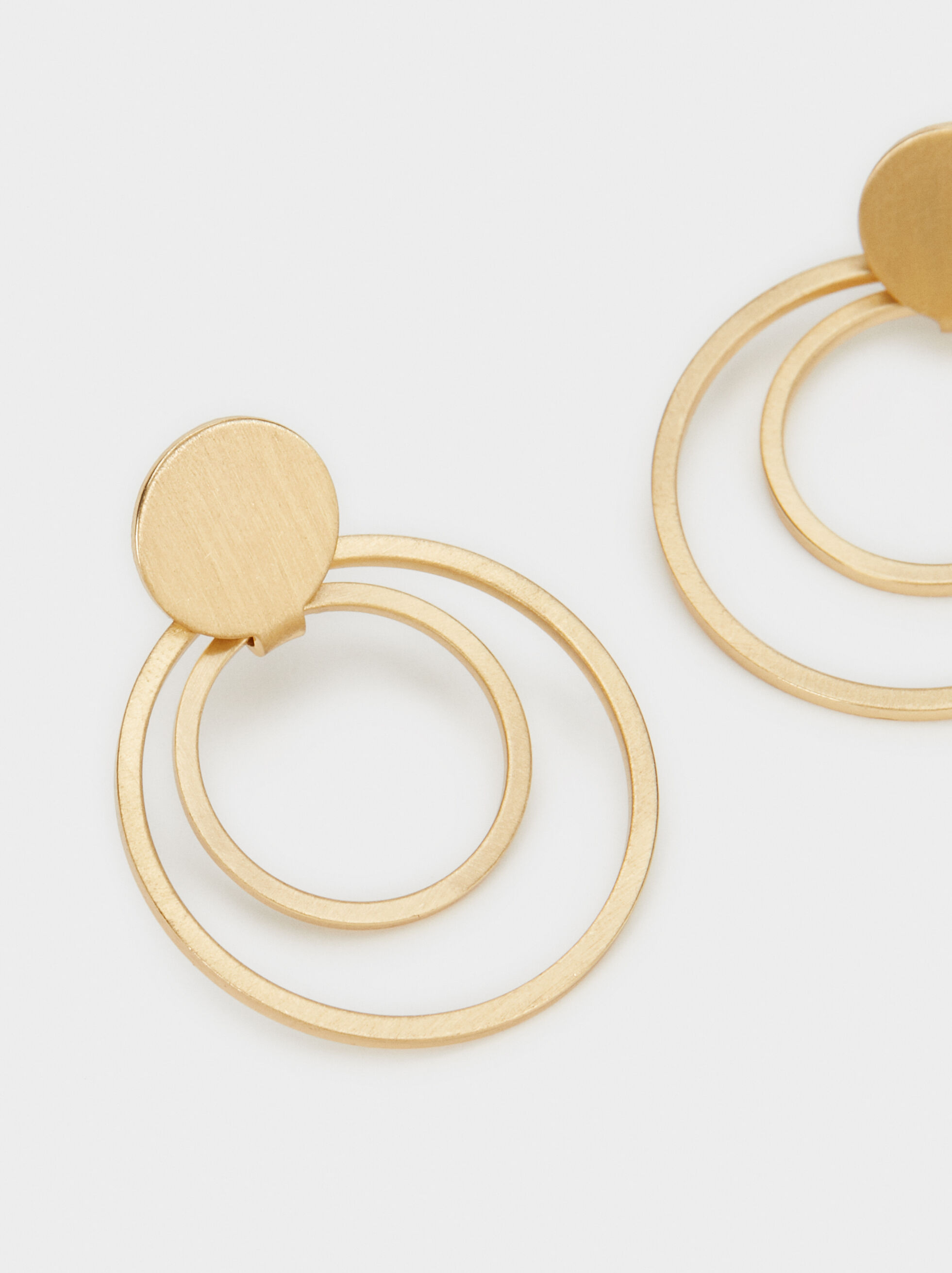 Medium Circle Earrings, Golden, hi-res