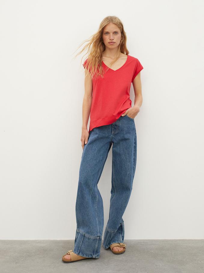 V-Neck T-Shirt, Red, hi-res