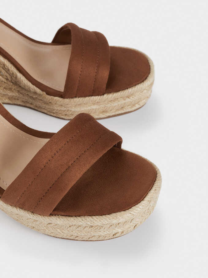 Wedges With Topstitching On Straps, Camel, hi-res